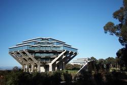 UC 샌디에고 가이젤 도서관 (Geisel Library), 설크연구소 (Salk Institute), 블랙비치(Black's Beach)