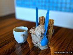 애너하임 디즈니랜드 근처 'Azules Coffee' 츄러스가 유명한 디저트 맛집