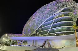 [아부다비] 새로운 이름으로 개장 10주년을 맞이한 F1 서킷 위 호텔, W 아부다비 야스 아일랜드!