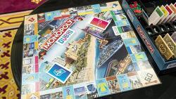 [정보] 보드게임으로 즐기는 두바이 부동산 거래, 모노폴리 두바이 공식 출시!