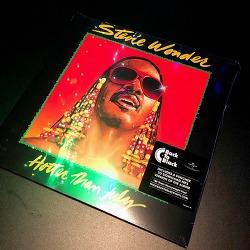 스티비 원더 (Stevie Wonder) - HOTTER THAN JULY (1980)