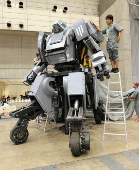 SF영화에서나 보던 로봇들이!!