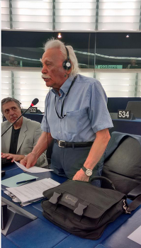 그리스 시리자, 3차 구제금융 협상, 트로이카에 굴복인가, 일보 전진을 위한 이보 후퇴인가
