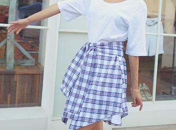 체크무늬 셔츠가 묶여있는 듯한 독특한 디자인의 앤디 원피스