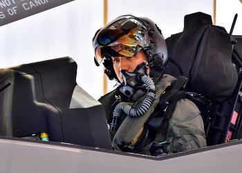 한국 조종사 최초로 F-35A 단독비행