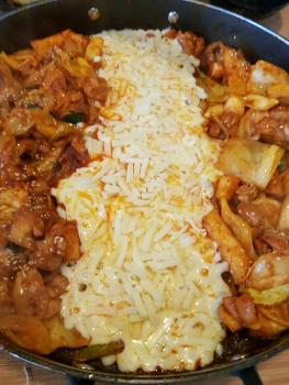 홍춘천 치즈닭갈비&볶음밥의 만남~! 광양중마점