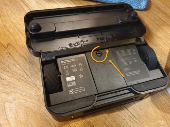 아이로봇 브라바 380T 물걸레 청소기 배터리 교체하는 방법