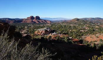 신비로운 장관이 관광객을 압도하는 곳, 미 서부 붉은 산 여행기