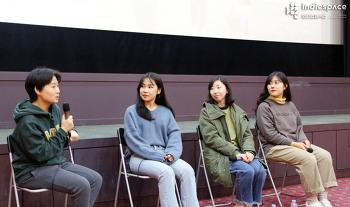 [인디즈] 네 편의 단편영화가 하나로 묶여 전달하는 보편적인 서사의 힘 〈오늘, 우리〉 인디토크 기록