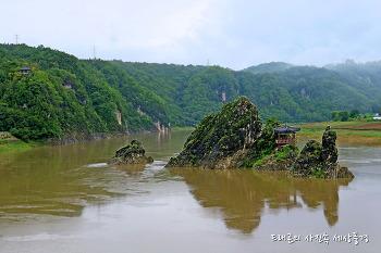 [단양여행] 강물따라 흐르는 향수, 도담삼봉 이향정