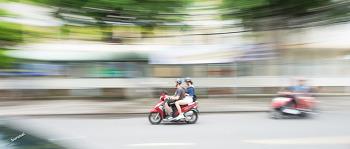4K UHD 2.35:1 베트남 다낭 여행의 길거리 풍경 패닝샷