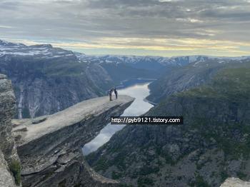 노르웨이 여행 : 트롤퉁가(Trolltunga) 캠핑하기