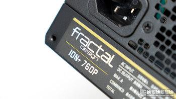 Fractal Design Ion+ 760W Platinum 파워서플라이