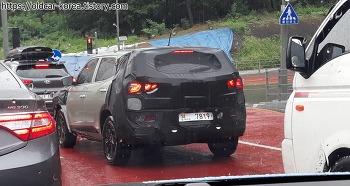 쌍용 코란도 C300 (전기차 또는 페이스리프트) 위장막 차량 사진 - SsangYong Korando C300 spyshot