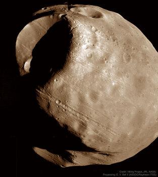 [APOD] 화성의 저주받은 달, 포보스(2018.11.25.)
