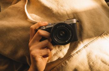 모든 위대함은, 아주 작은 것들로부터 One Hand Full-frame Camera, Alpha 7C 프리뷰