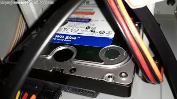 웨스턴디지털 WD BLUE 5400/64M (WD40EZRZ, 4TB) HDD 간단사용기