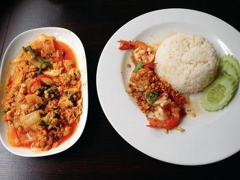 [방콕 맛집] 아속역 근처 로컬 식당 추천! 피키친 P.kitchen
