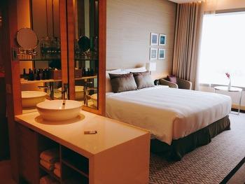 [방콕 호텔] 강추! 아바니 리버사이드 호텔 Avani riverside hotel