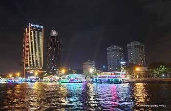 베트남 다낭의 로맨틱한 야경을 즐길 수 있는 한강유람선 탑승기~!