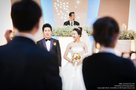 121014 YuJin Wedding @ 부천S컨벤션웨딩홀