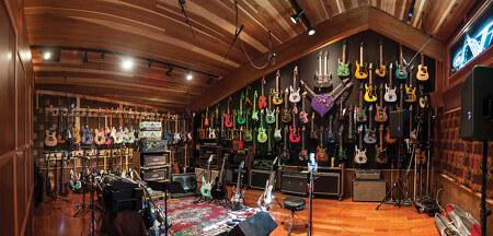Steve Vai의 새로운 기사(2012.08)와 새 스튜디오 사진