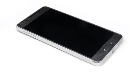 [갤럭시 알파 ①] 삼성전자 첫 메탈 프레임 적용 스마트폰