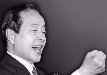 [2015-11-22 한국경제] 쾌도난마, 민주의 대도를 개척한 삶이여!