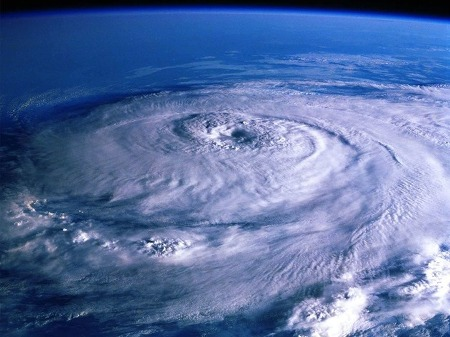 태풍 풍웡 북상중! 태풍 영향시 비행기 결항 대처 방법
