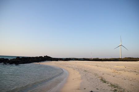 [9일동안/네번째/제주도] #05 고운 모래와 저물어 가는 해의 어울림, 김녕해변