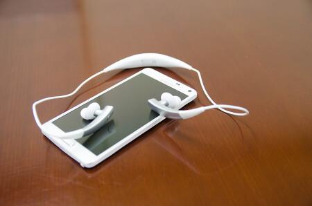 삼성 기어 서클 [써보니] 귀에 착용하는 웨어러블 기기