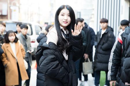 [PHOTO] 171209 소원 생일파티 출퇴근 by Girls Grapher