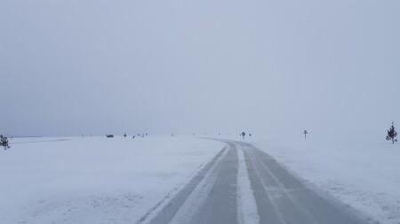 유럽에서 가장 긴 얼음 도로는 에스토니아에