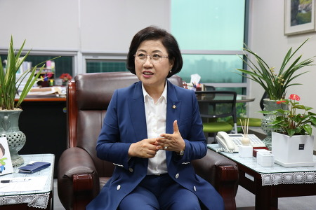 '보육인·간호조무사 1호 국회의원' 바른미래당 최도자 의원 인터뷰