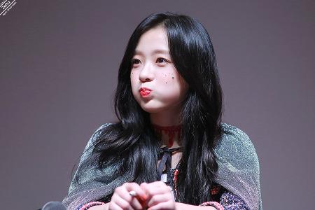 18.10.27 에이프릴 동자아트홀 팬싸인회 by. Zetta