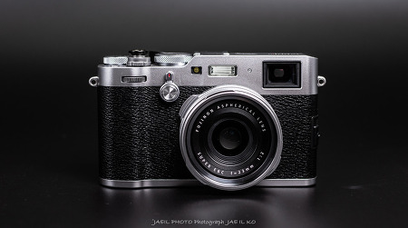 후지필름 X100F 하이엔드 카메라