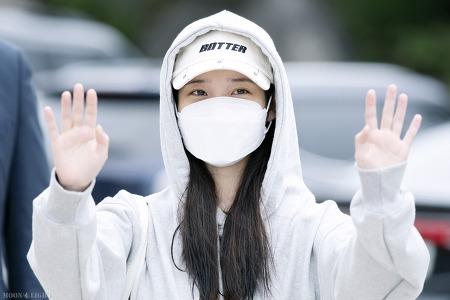 [190921]11주년 팬미팅 'PLAY, PAUSE & U' 아이유 출근길 직찍 by 달빛마차