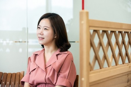 피알워너로 걸어온 15년의 시간을 말하다, 장기근속자 김희정 본부장