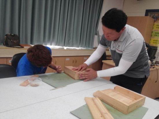 [목재체험교실] 2015 나무이야기_ 남산초 다용도꽂이함 만들기