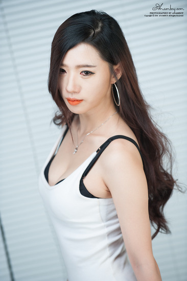Model 송주아