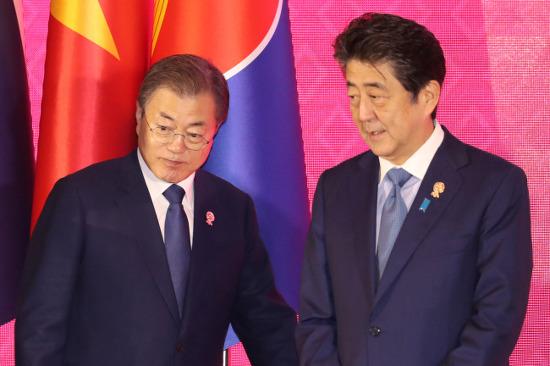 박근혜 정부의 대일외교 실패, 반복하는 문재인 정부