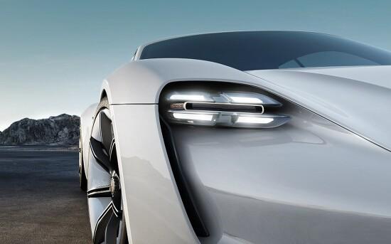 페트병으로 자동차를 만드는 업사이클 기술