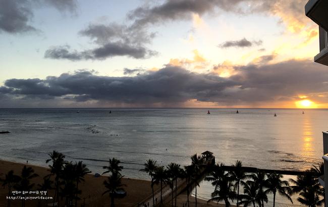 하와이(와이키키 해변) 서핑 가이드 - 꿀팁과 주의할 점.