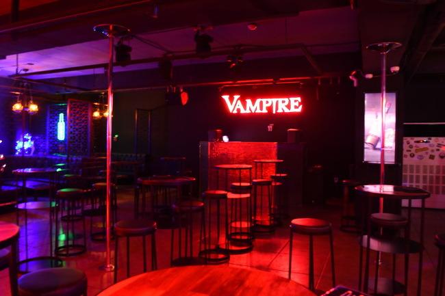 인터네셔널펍 홍대클럽 뱀파이어!!에서 칵테일 한잔