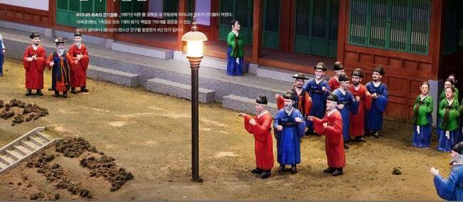 고종은 '전깃불 얼리어댑터'...에디슨의 전구 발명 7년만에 경복궁을 밝힌 이유