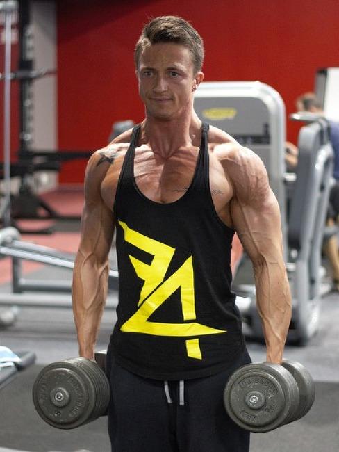 덤벨을 이용한 가슴 & 어깨 운동