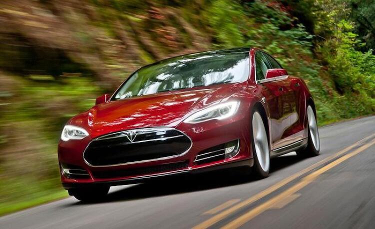 모터트렌드 선정 2013 올해의 차, 테슬라 모델 S 세단