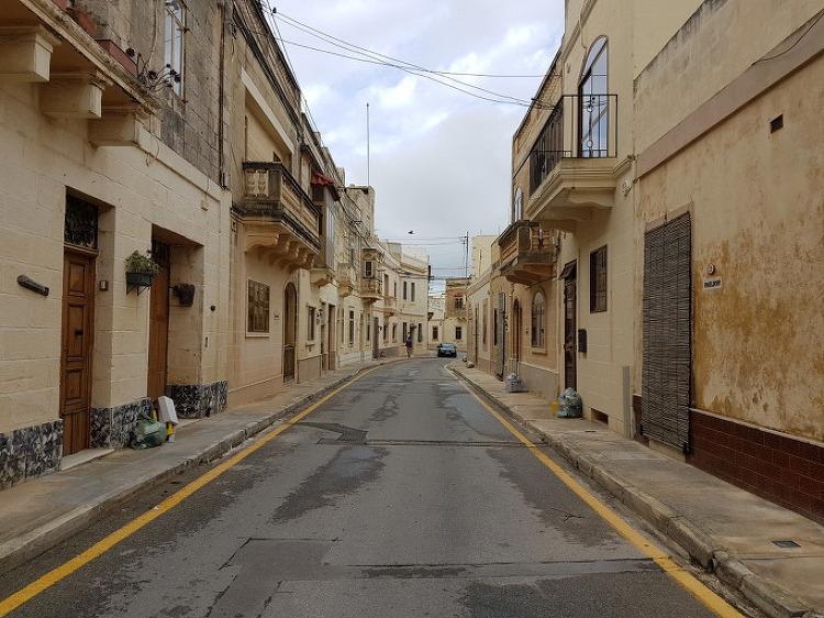 몰타 거리 산책에서 색다른 재미를 느끼다