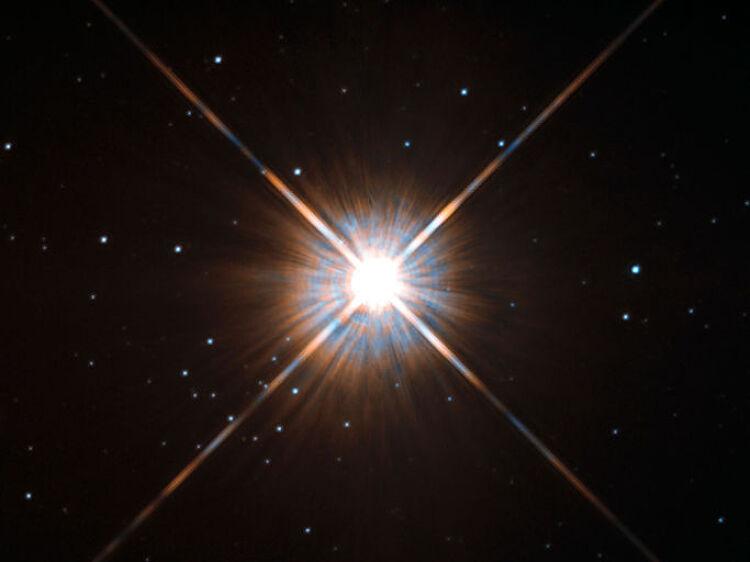 지구에서 가장 가까운 또 다른 태양계, 알파 센..