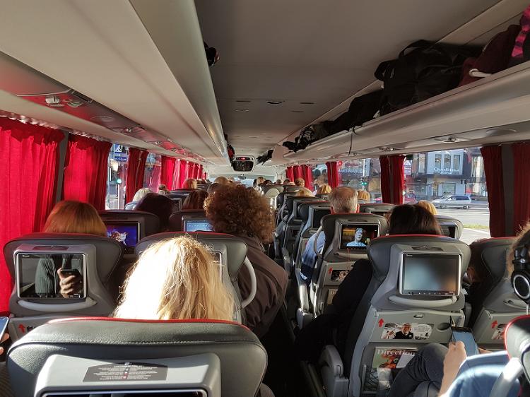 발트 3국 여행 중 나라간 편리한 교통편은 버스..
